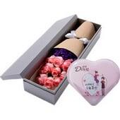 11朵粉玫瑰礼盒+巧克力...