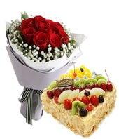 11支红玫瑰+方形水果蛋...